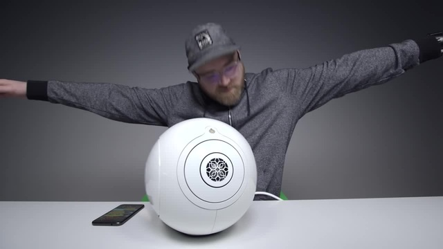 Unboxing The $10 Bluetooth Speaker - - Coub - The Biggest Video